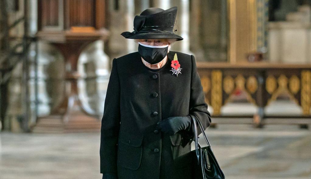 Kraljica donela još jednu neočekivanu odluku koja će odaljiti Vilijama i Harija