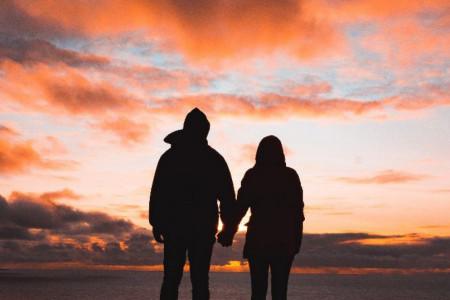 Ljubavni horoskop za 17. januar: Rakovi, nova ljubav je na pomolu