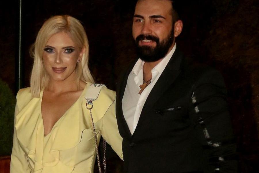 Nikolinu i Sašu Kapora loše vesti zatekle na putovanju, oglasila se pevačica