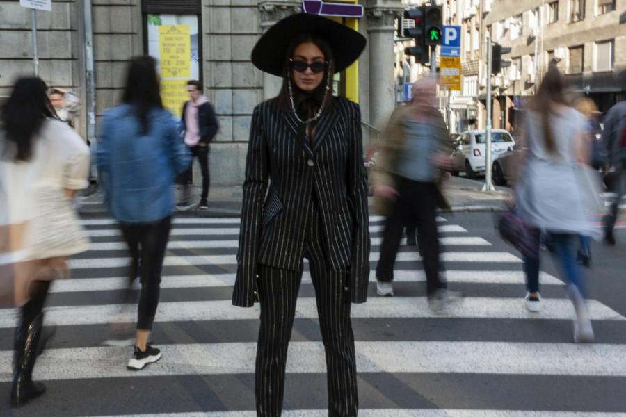 Modna blogerka Ena Luna ima važan savet za novogodišnju noć: Bez ovog odevnog komada, pripreme su nezamislive