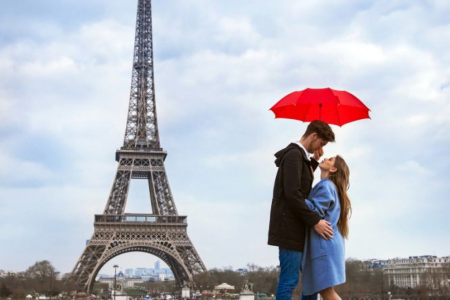 Ljubavni horoskop za 13. decembar: Putovanje jednom znaku donosi ljubav iz snova
