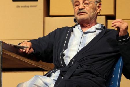 Bolest je bila jača: Preminuo Mustafa Nadarević