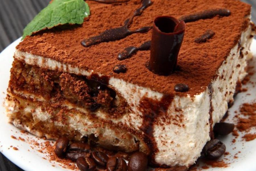 Volite tiramisu? Isprobajte novi recept za jesenju verziju omiljenog kolača!