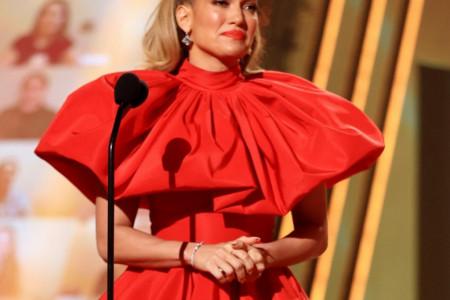 """Dženifer Lopez zvezda večeri dodele """"E! People's Choice Awards 2020"""", nagradu primila uplakana (video)"""