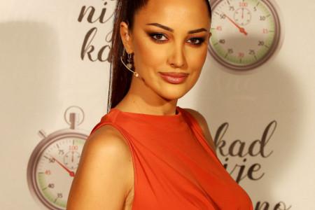 Aleksandra Prijović izjavom šokirala javnost: Nije mi bilo teško da budem druga!