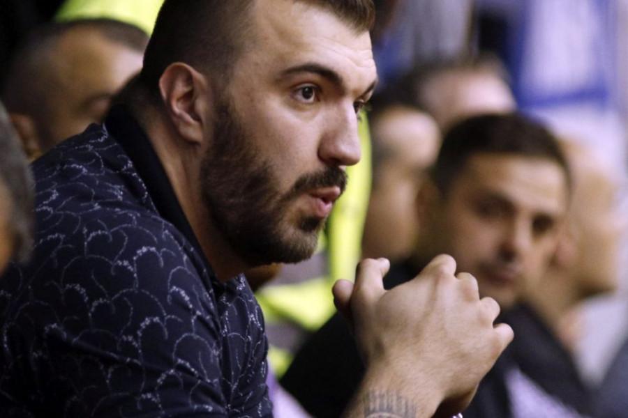 Košarkaš Nikola Peković u veoma teškom stanju, lekari se bore za njegov život