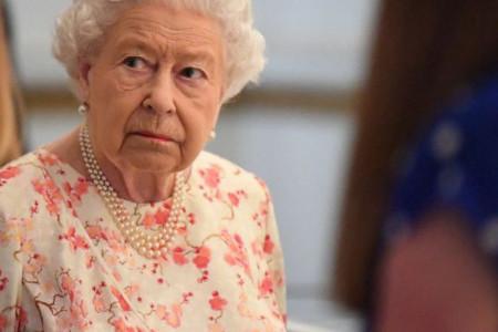 Nije joj bilo lako: I kraljica Elizabeta bila je prevarena žena