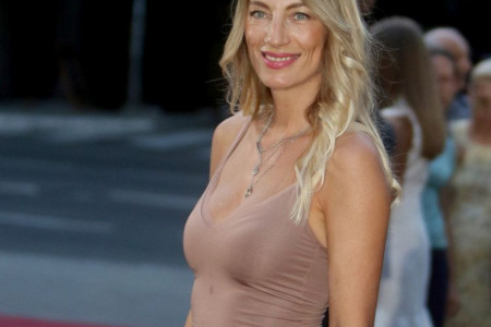Na ovo se čekalo čitavu deceniju: Ana Stanić više ne izgleda ovako (foto)