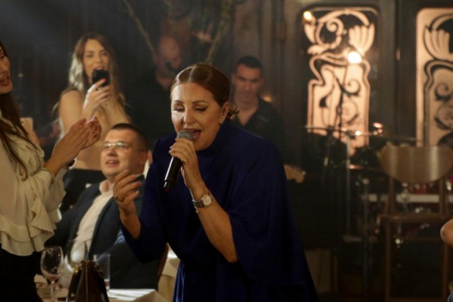 Ana Bekuta koncert - U Mrkinom zagrljaju u srcu Skadarlije! (video)