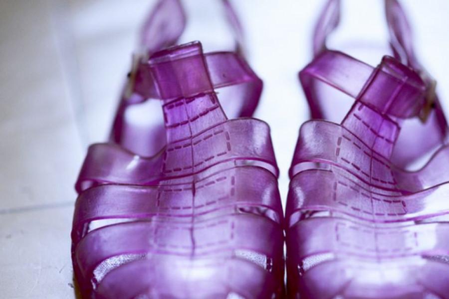 Najružnije sandale se vraćaju u modu, da li biste ih obuli?