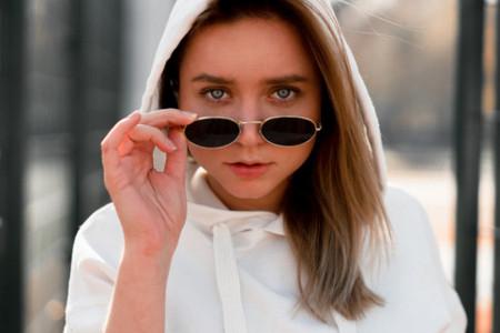 Bela majica - savršena modna osnova svakog stila