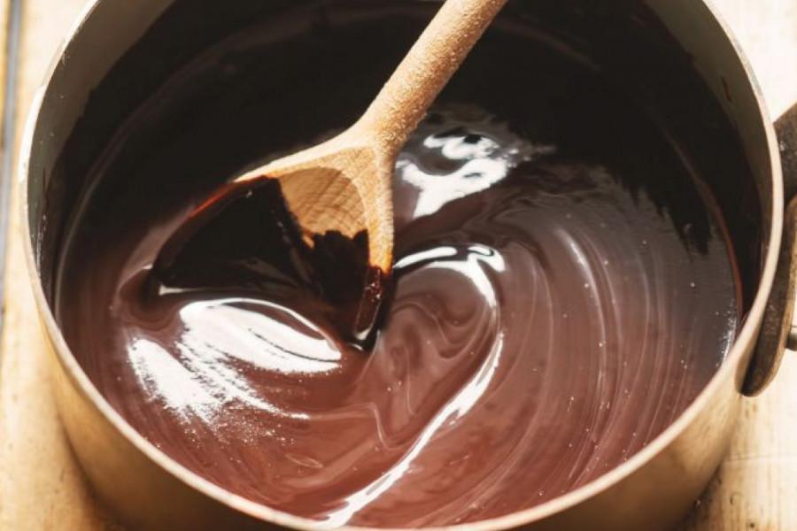 Napravite domaću čokoladu i to za samo nekoliko minuta