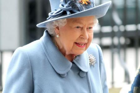 Kraljičin pomoćnik ima koronavirus, Elizabeta hitno poslata u izolaciju