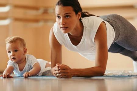 Fitnes za zaposlene mame: Kako da ubacite trening u svoj gusti raspored