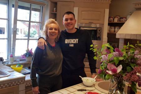 Brena i Boba ubedili sinove da se vrate u porodični dom: Situacija je alarmantna, treba se pridržavati saveta
