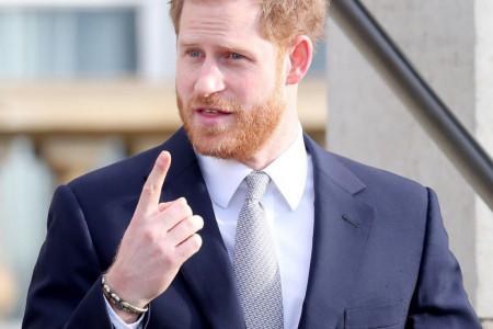 Princ Hari stigao u Veliku Britaniju bez Megan Markl i svima postavio jedan uslov
