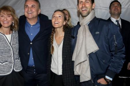 Velika proslava porodice Đoković: Jelena iznenadila izborom odeće (foto)