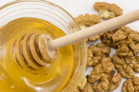 Med i orasi - idealna kombinacija za jačanje imuniteta
