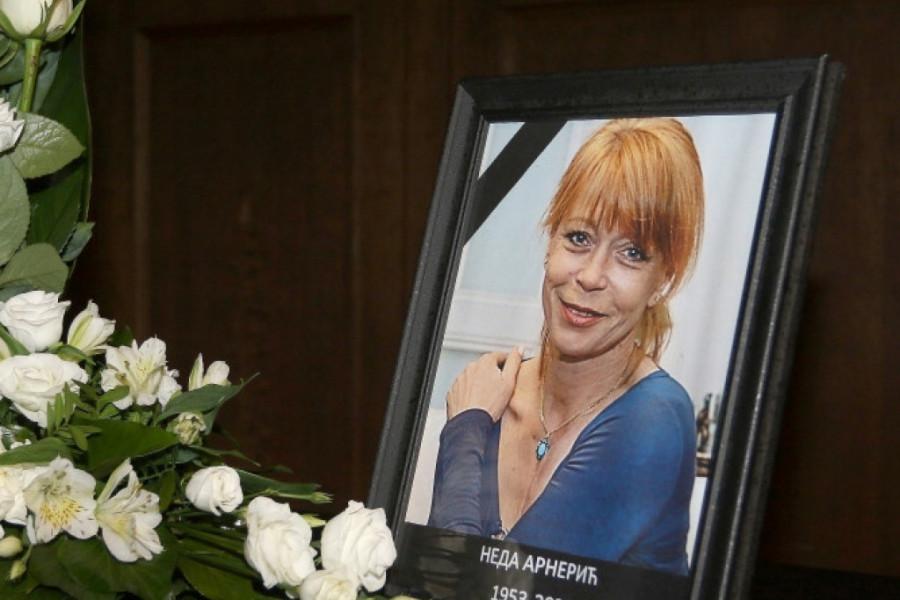 Prijatelji i kolege se oprostili od glumice: Neda Arnerić bila je i ostaće velika