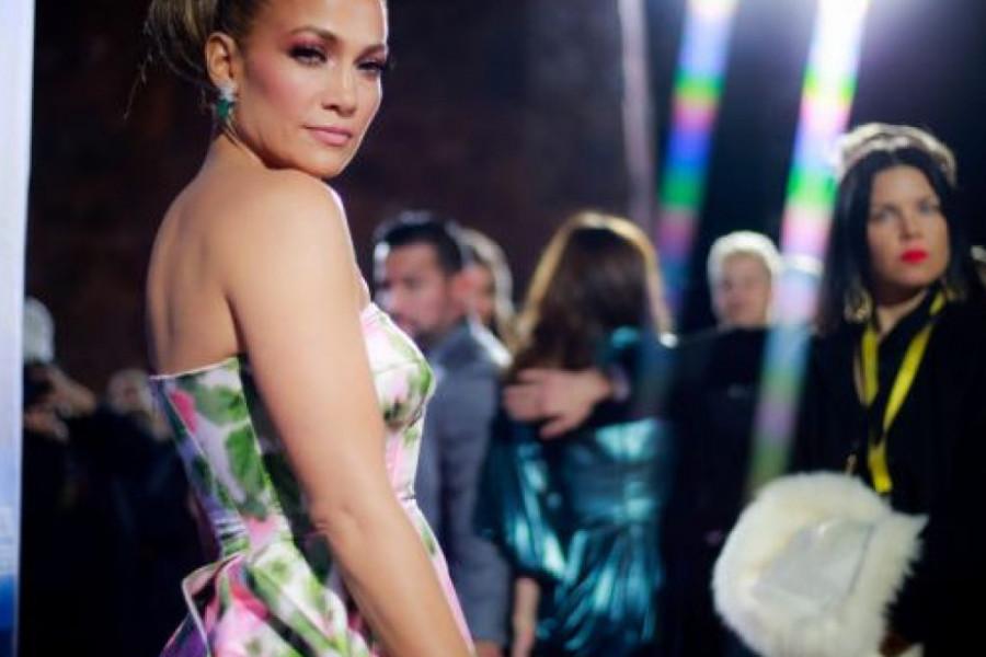 Dženifer Lopez je na početku karijere želela da postane striptizeta!