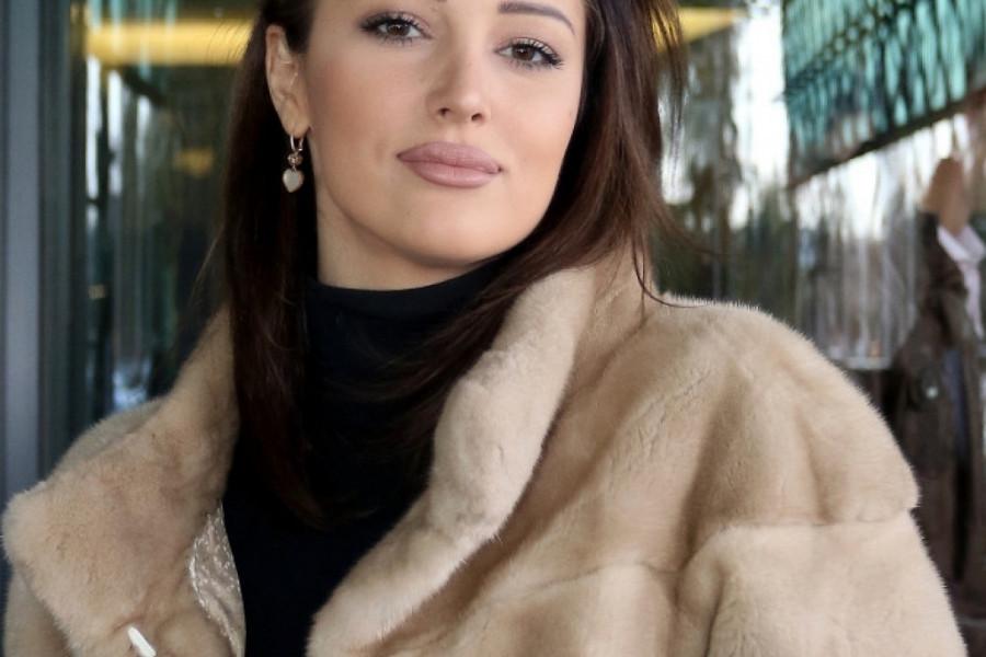 Nova godina stiže: Aleksandra Prijović neće tačno u ponoć prvo poljubiti supruga, već njega?