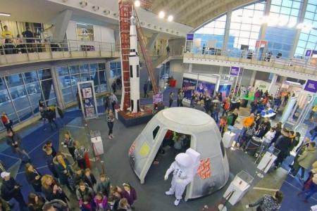 Coca-Cola svemirska avantura na 13. festivalu nauke: Kako spakovati svemirski brod u frižider?