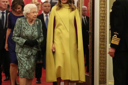 Prva dama u punom sjaju: Odvažni modni izbor Melanije Tramp za susret sa kraljicom Elizabetom