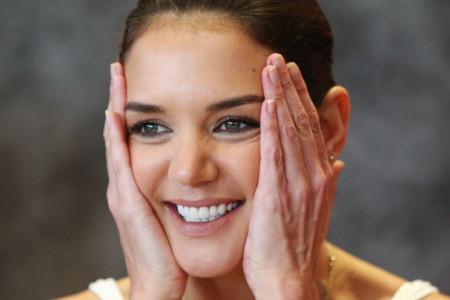 Bez šminke i fotošopa: Kejti Holms pokazala kako zaista izgleda žena u 41. godini (foto)