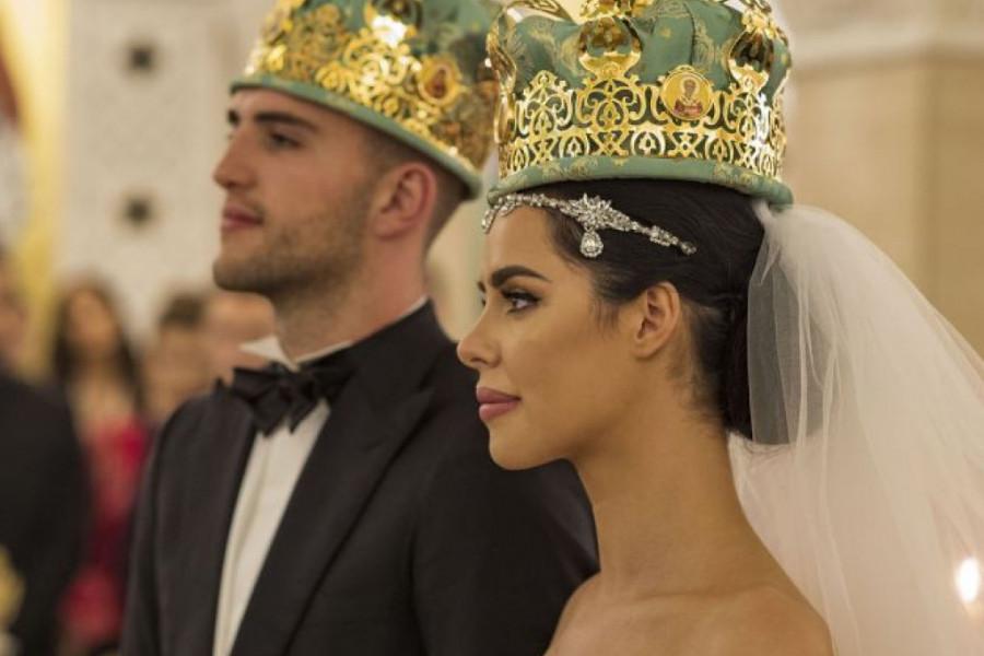 Veljko i Bogdana zavetovali su se na večnu ljubav u Hramu Svetog Save, slavlje može da počne!