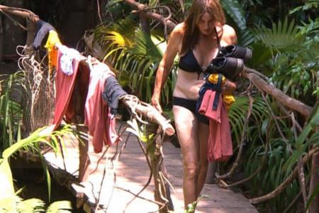 Kejtlin Džener je 2015. postala žena, a sada je usred džungle u crnom bikiniju za pola miliona dolara! (video)