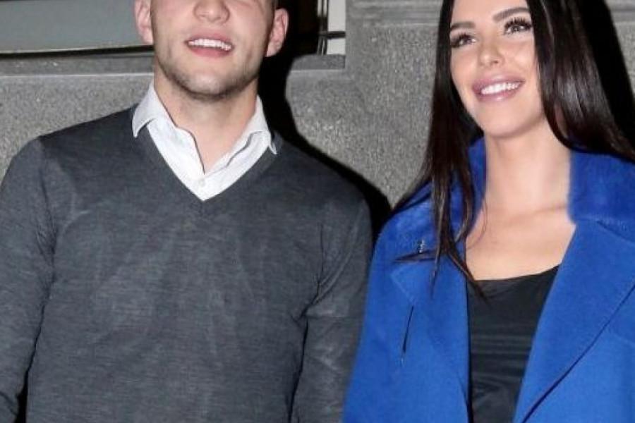 Ne zna se koja je lepša: Veljko se zaljubio u Bogdanu, a ovo su njene rođene sestre (foto)