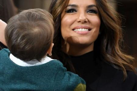 Eva Longorija sašila sinu najslađi kostim za Noć veštica (foto)