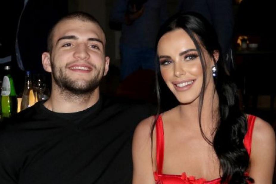 Sve je spremno za svadbu: Veljko se ženi u očevoj uniformi, a Bogdana u Cecinoj venčanici!