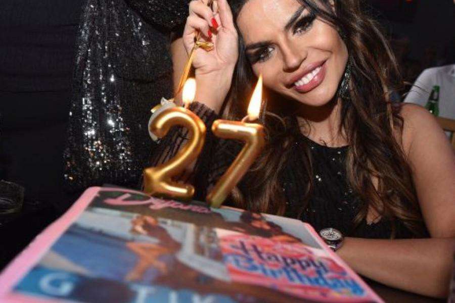 Ovako je Dejana Živković proslavila 27. rođendan (foto)