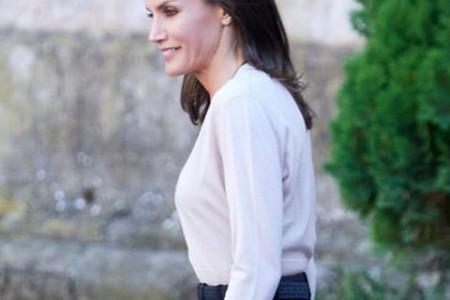 Kraljica Leticija: Cipele zaokružile savršen stajling, a mogu se kupiti i kod nas (foto)