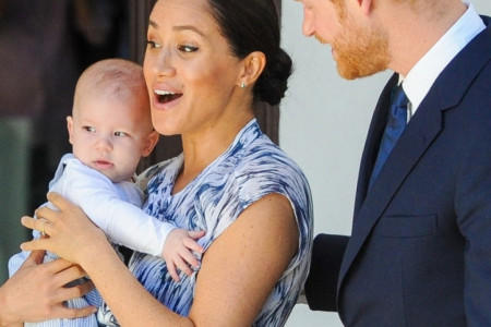 Megan Markl i princ Hari najzad pokazali sina: Arči je beba koja se smeje, voli kamere, ali i žene! (foto/video)