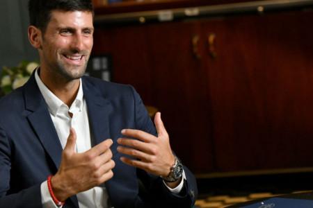 Novak Đoković najzad progovorio o povredi: Izvinite što sam vas držao u neizvesnosti