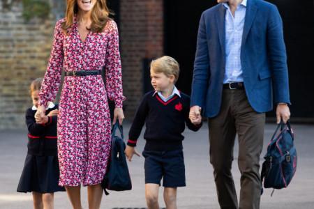 Princeza Šarlot krenula u školu: Miljenica kraljevske porodice se postidela