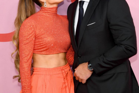 Publika zanemela: Džej Lo prekinula koncert da bi vereniku čestitala rođendan! (video)