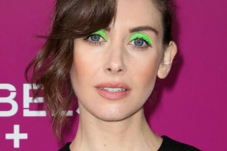 Kako se nosi šminka neon boje: Važno je da poštujete jedno pravilo (video)