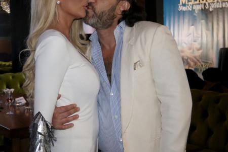 Aca Lukas na promociju stigao sa novom devojkom: Jovana je prava bomba! (foto)