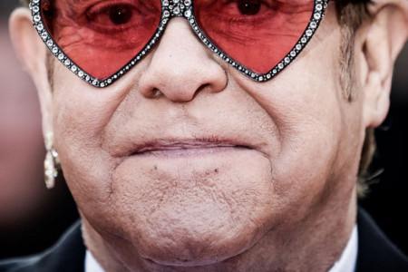 Elton Džon: Muka mi je od ljudi koji tvrde da su religiozni, a daleko su od Boga!