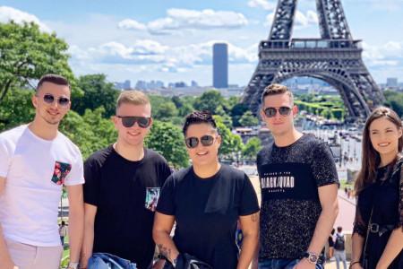 Avantura u Parizu: Marija Šerifović odvela svoje finaliste na nezaboravno putovanje! (FOTO)