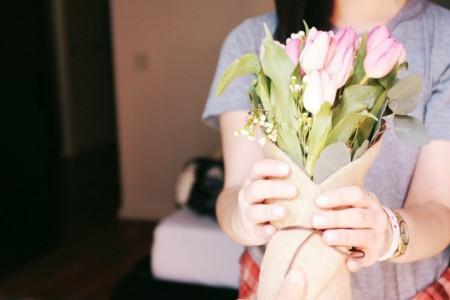 Dnevni horoskop za 6. jun: Lavovi kupuju ljubav poklonima, a Ribama se smeši dobitak