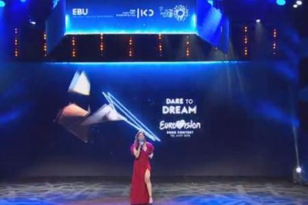Počela je svečana ceremonija pred početak Evrovizije: Nevena Božović je stigla sa suprugom! (live)