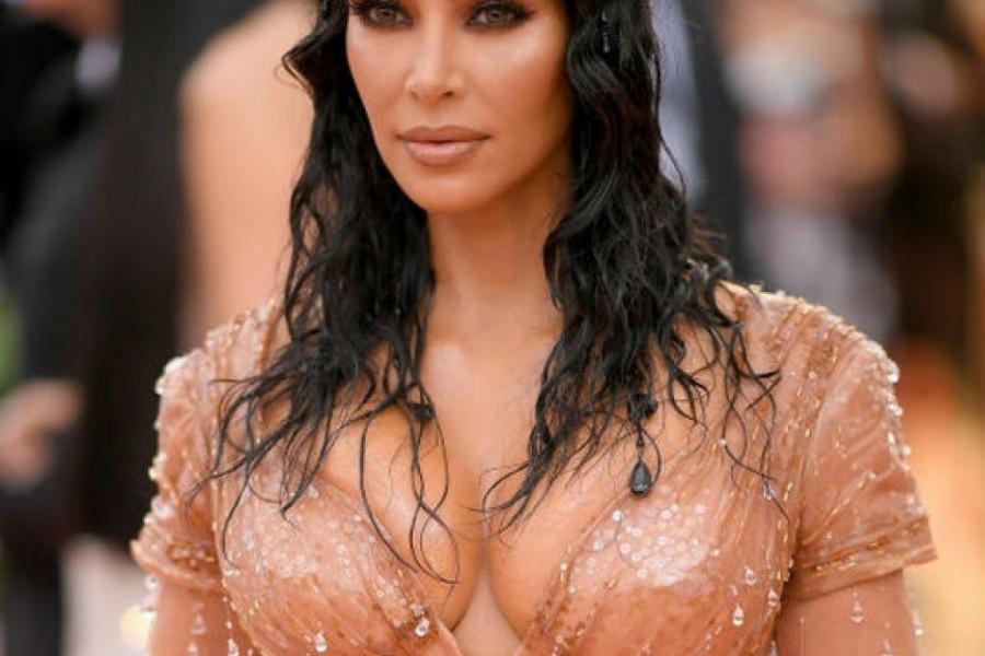 Kim je morala da vežba pravilno disanje zbog haljine: Nisam mogla da sednem u njoj! (video)