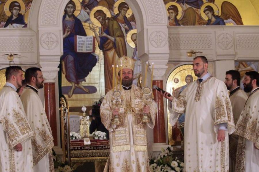 Poznati dočekali Uskrs u Hramu Svetog Save