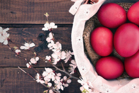 Kako običaji nalažu: Zašto je važno da prvo uskršnje jaje bude crvene boje