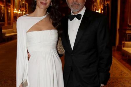 Amal Kluni: Jednim detaljem haljinu staru 12 godina učinila savršenom (foto)