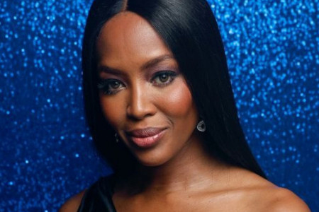 Novi imidž Naomi Kembel: Modna ikona neprepoznatljiva (foto)